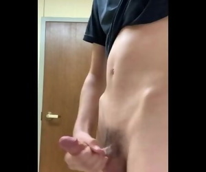 18 Year old Jacking off..